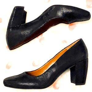 H by Halston Whitney Black Leather Block Heels 6.5